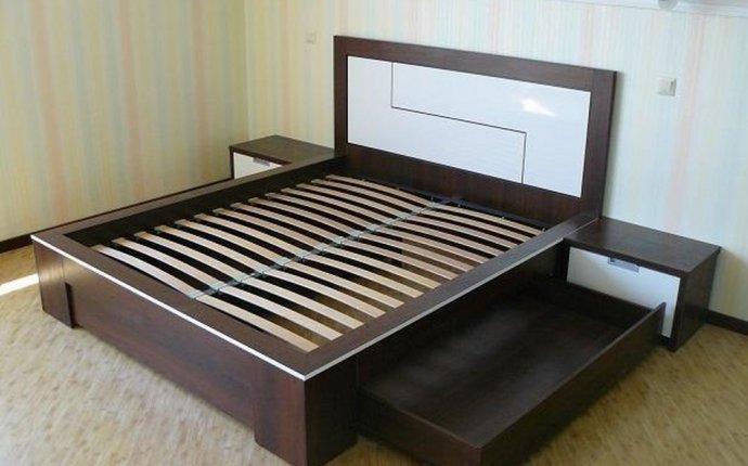 Мебель кровати двуспальные